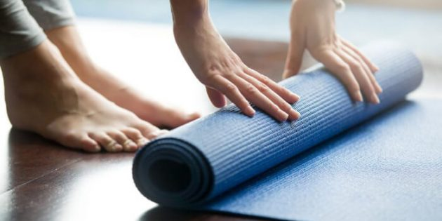 Tappetino yoga: tutti i tipi e come scegliere il migliore