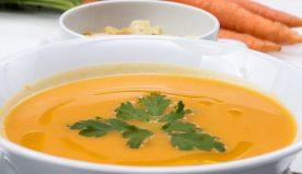 Zuppe detox estive: le migliori ricette per depurarsi e vivere sani